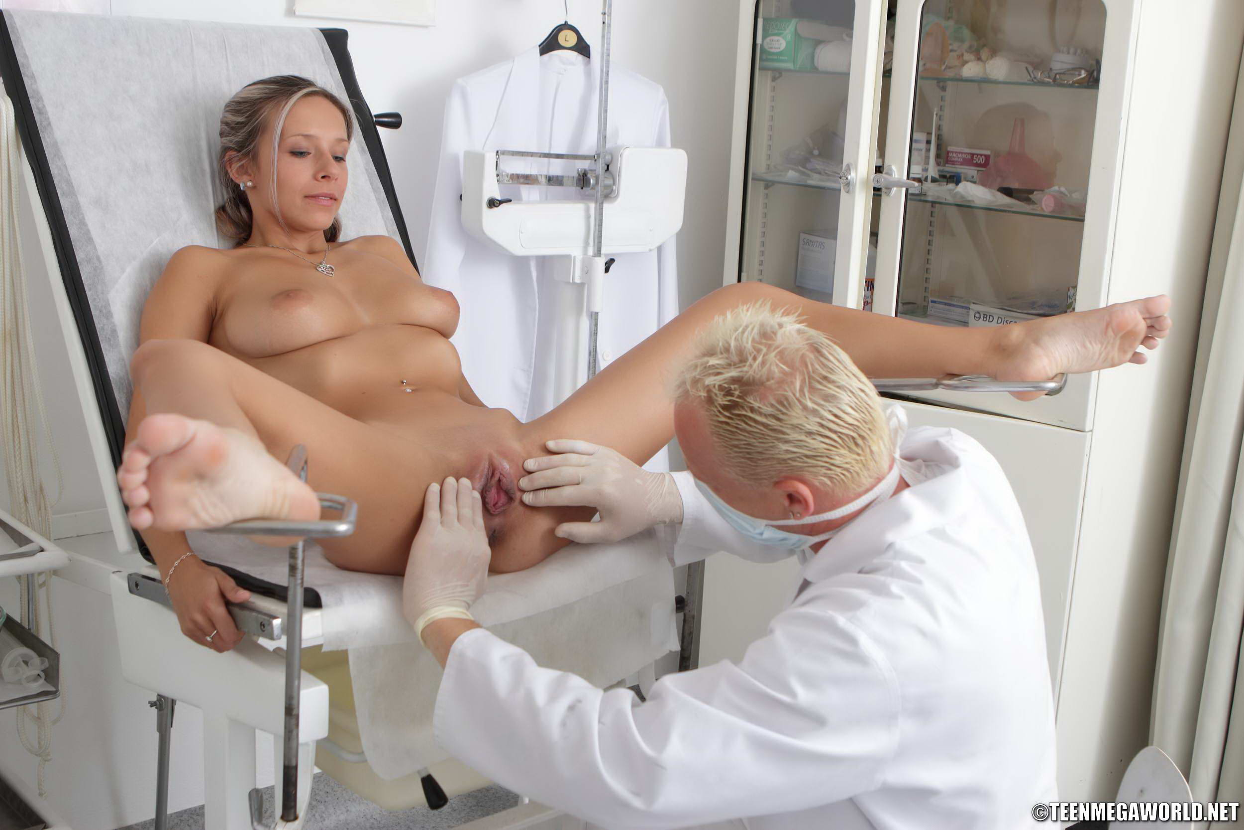 doctor hot girl fucking